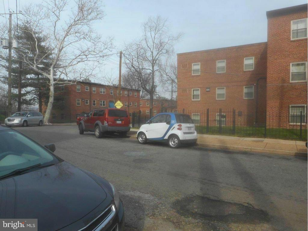 Street scene with car2go - 2647 MARTIN LUTHER KING JR AVE SE #302, WASHINGTON