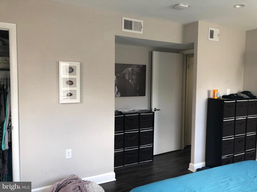 Bedroom (Master) - 2647 MARTIN LUTHER KING JR AVE SE #101, WASHINGTON