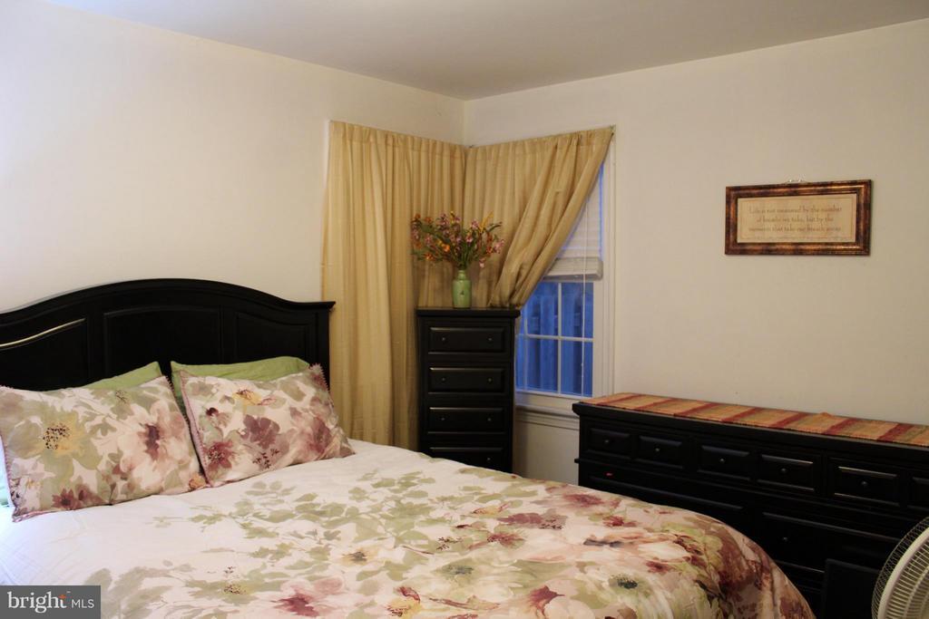 Bedroom (Master) - 5006 CHEYENNE PL, COLLEGE PARK