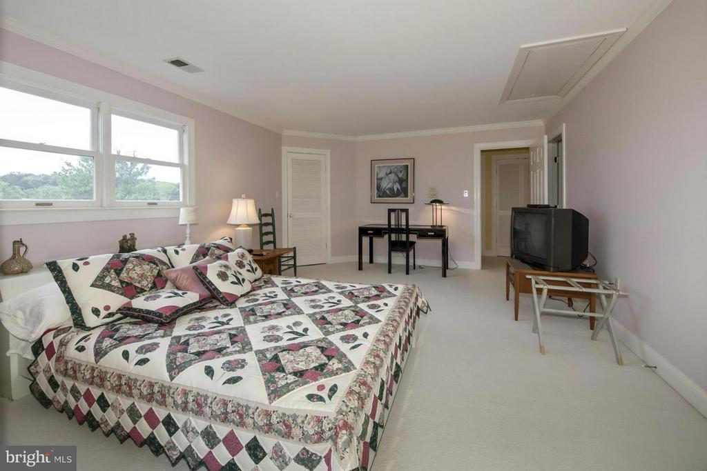 Second Floor Bedroom #2 - 2933 ROKEBY RD, DELAPLANE