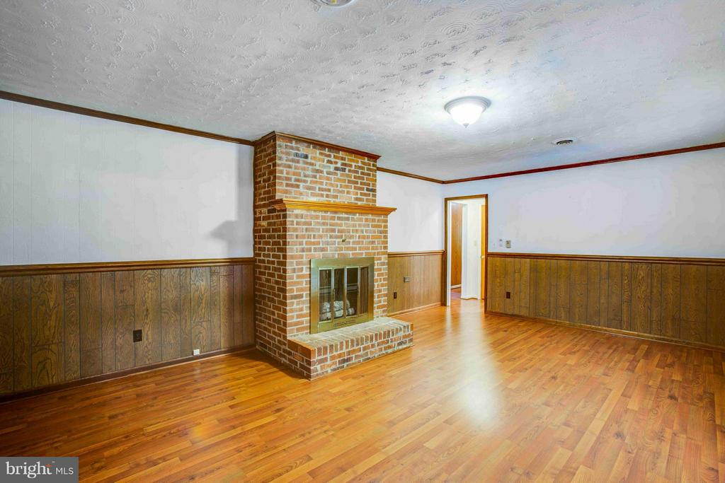 Family Room with Fireplace - 7225 COURTHOUSE RD, SPOTSYLVANIA