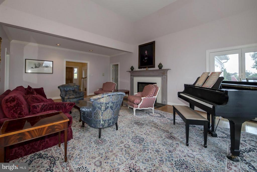 Living Room - 2933 ROKEBY RD, DELAPLANE