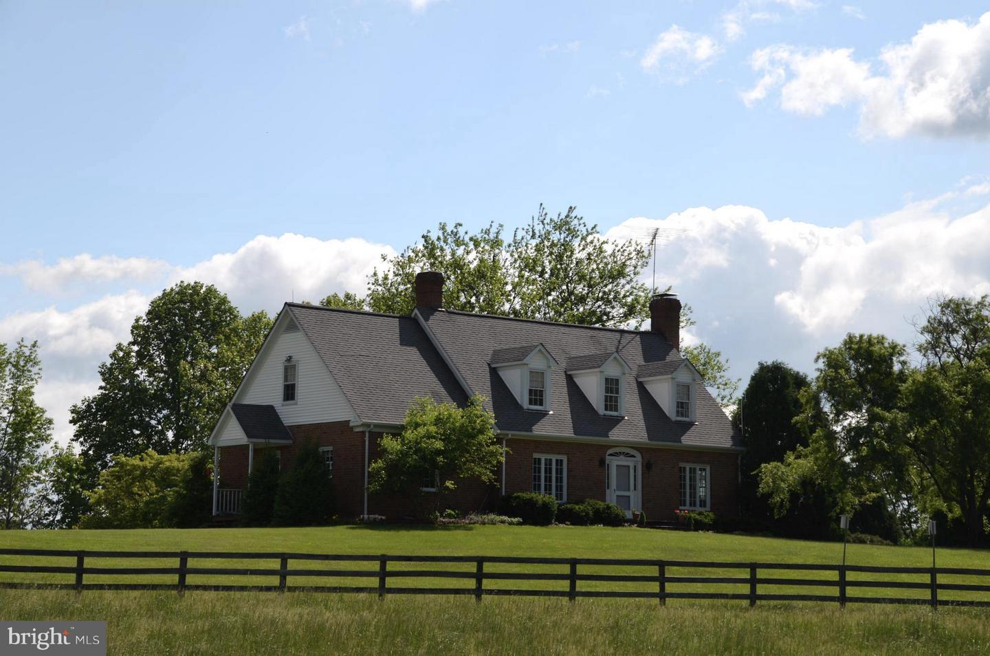 Single Family for Sale at 6011 Keyser Rd Hume, Virginia 22639 United States
