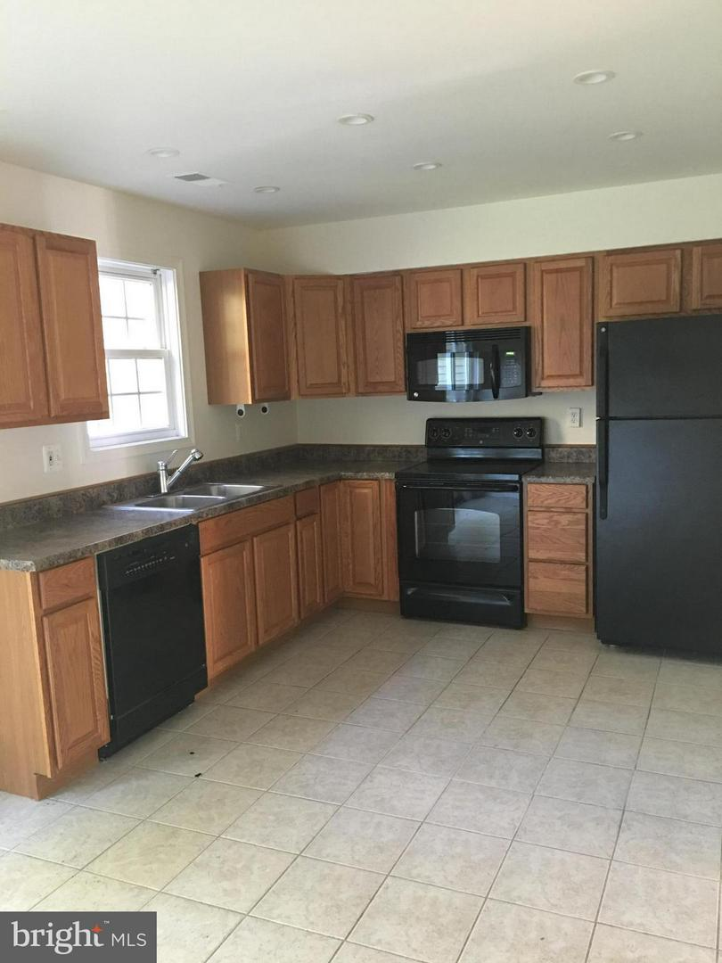 Photo of home for sale at 8615 Harrison Court, Marshall VA
