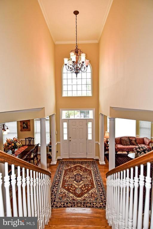 Entrance - 4001 VIRGINIA ST, FAIRFAX