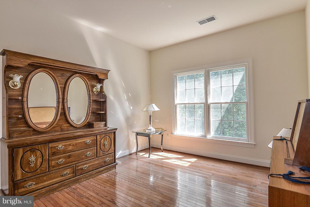Bedroom - 4493 ARNIEL PL, FAIRFAX