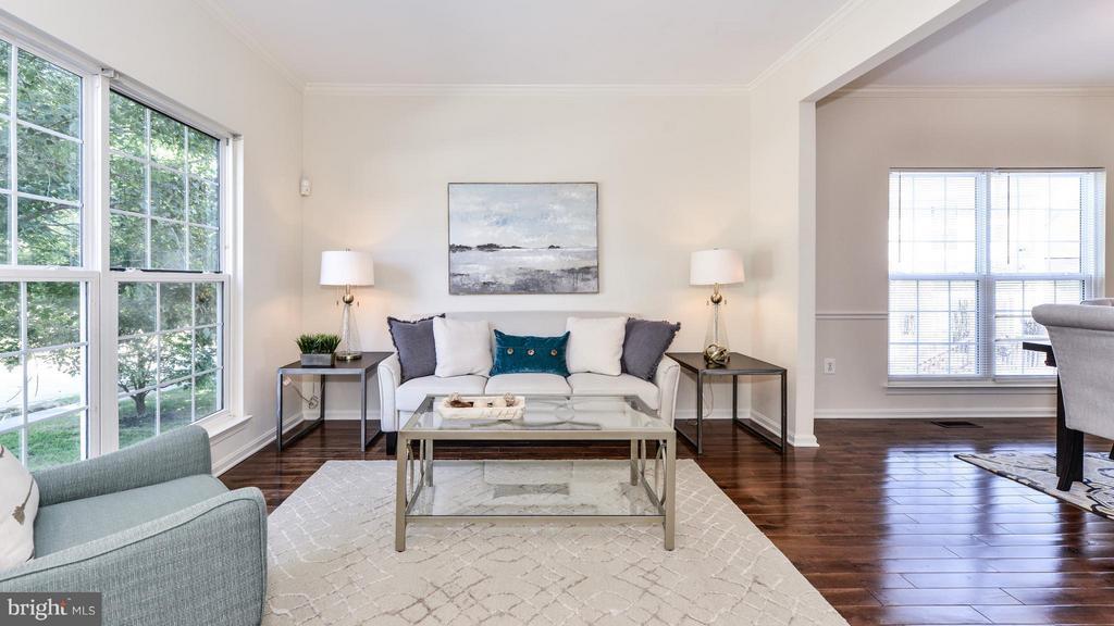 Living Room - 5591 HOBSONS CHOICE LOOP, MANASSAS
