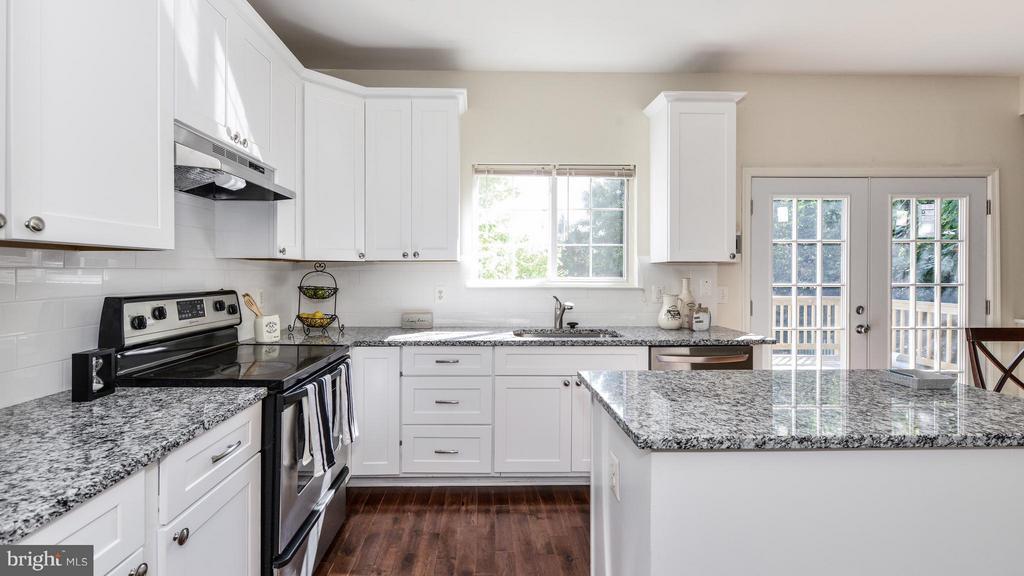 Kitchen - 5591 HOBSONS CHOICE LOOP, MANASSAS