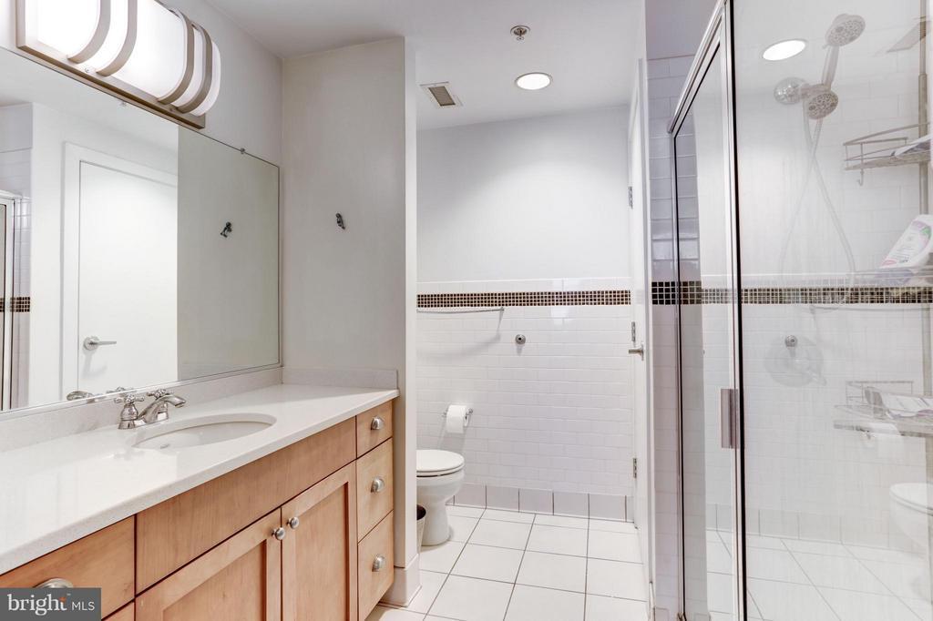 Bath (Master) - 809 6TH ST NW #55, WASHINGTON