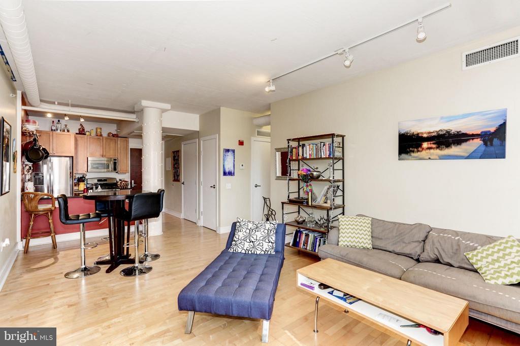 Living Room - 809 6TH ST NW #55, WASHINGTON