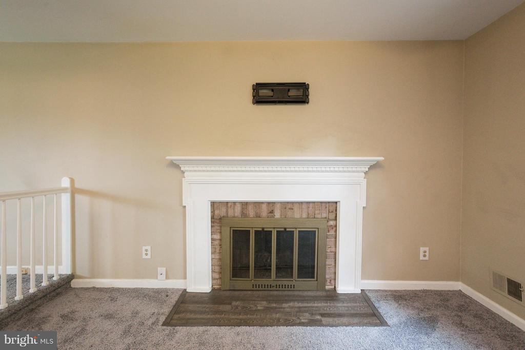 Fireplace in Master Bedroom - 6057 TAMMY DR, ALEXANDRIA