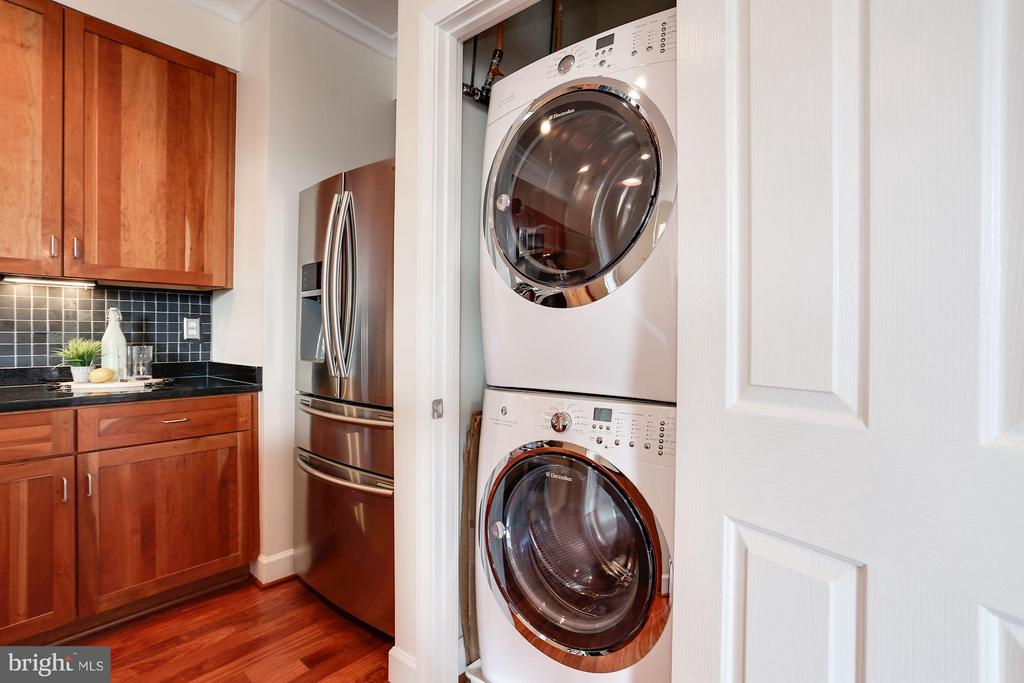 Washer and Dryer - 1220 FILLMORE ST #PH11, ARLINGTON