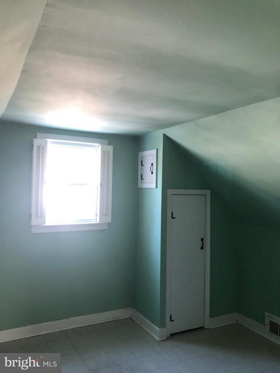Bedroom - 10923 OAKWOOD DR, FAIRFAX