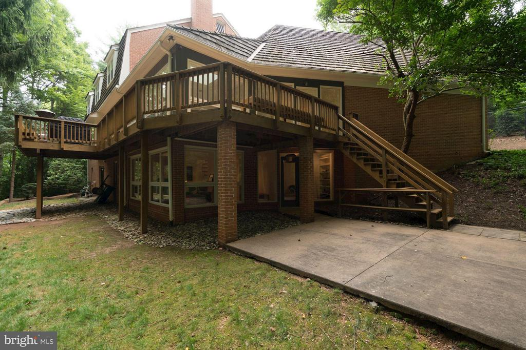 Rear View of Deck and Concrete Patio - 740 POTOMAC RIVER RD, MCLEAN