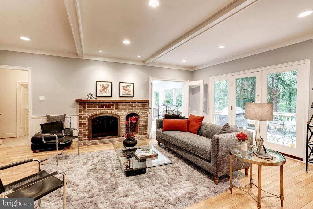 Family Room w/ Wood Burning Brick Fireplace - 740 POTOMAC RIVER RD, MCLEAN