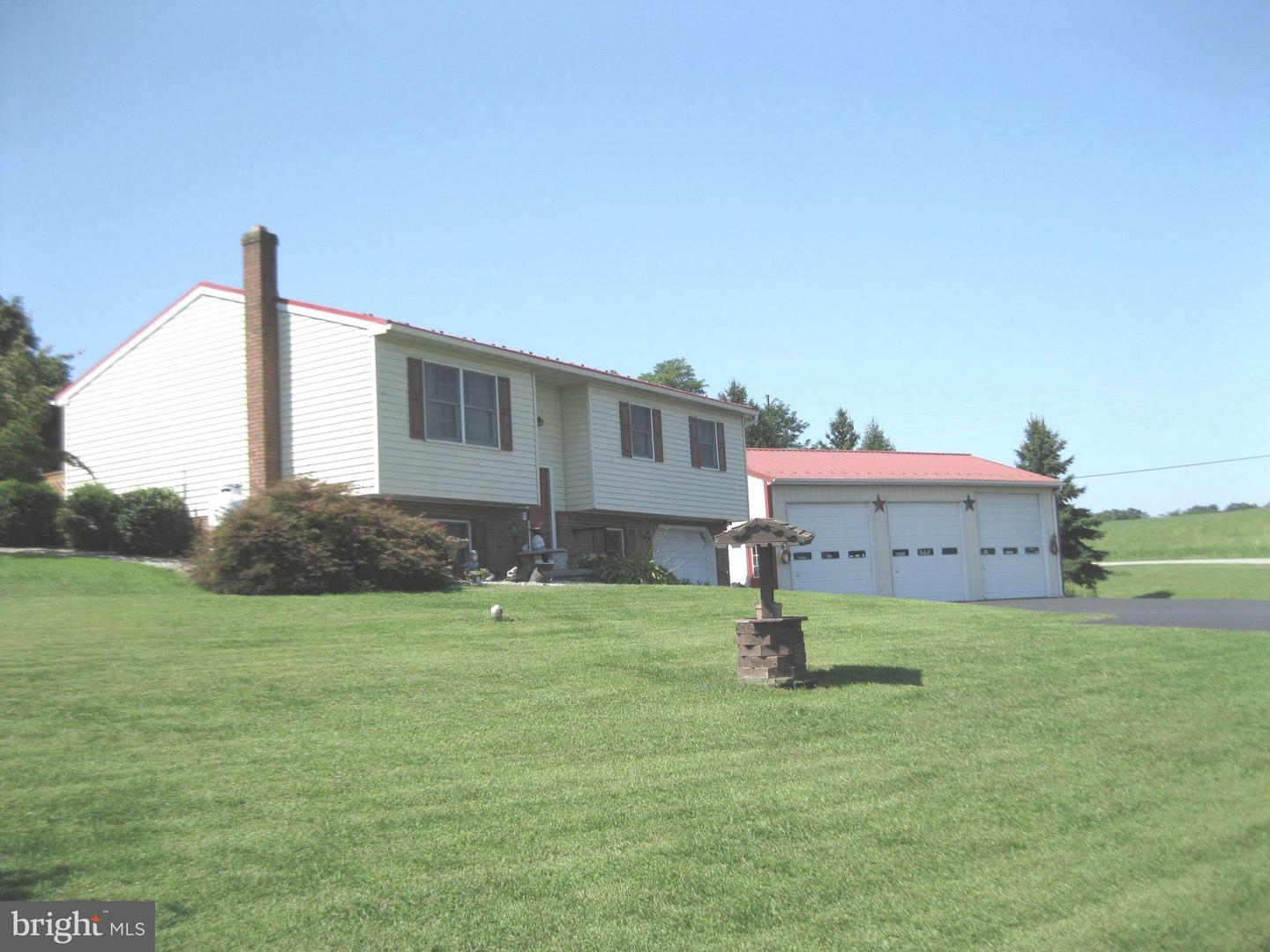 Single Family for Sale at 623 Mohawk Rd Newville, Pennsylvania 17241 United States