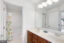 Bath - 42522 OXFORD FOREST CIR, CHANTILLY