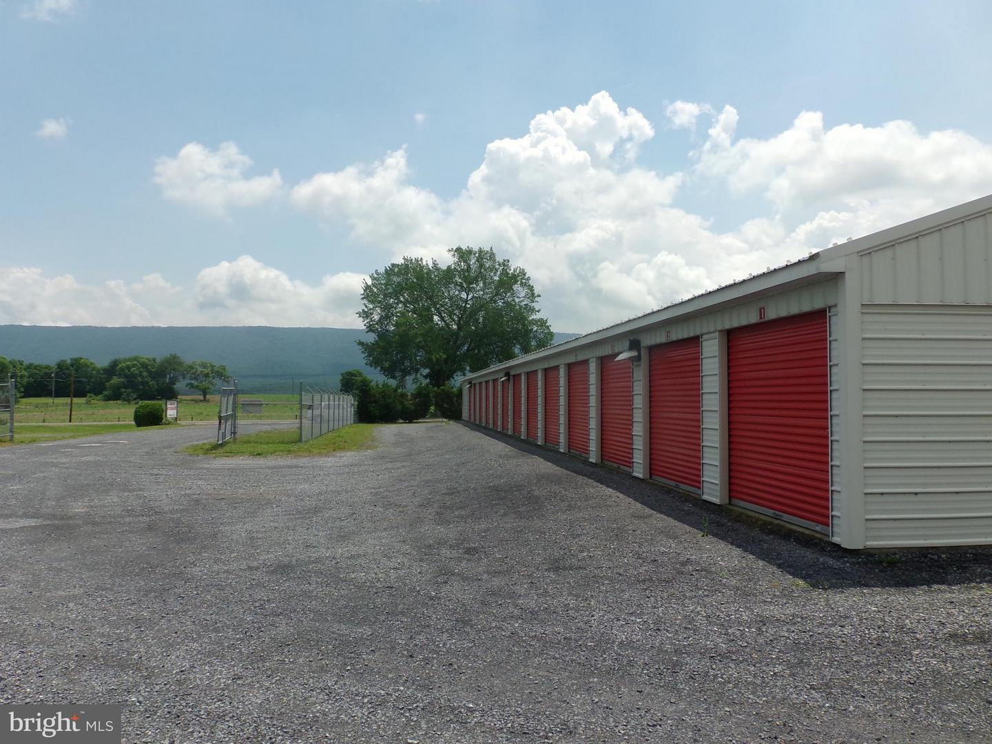 Commercial for Sale at 3223 Old Valley Pike New Market, Virginia 22844 United States