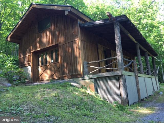 Single Family for Sale at 1840 Rock Ford Rd Berkeley Springs, West Virginia 25411 United States