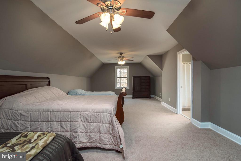 Bedroom 4 upper level - 14800 COMFORT LN, MINERAL
