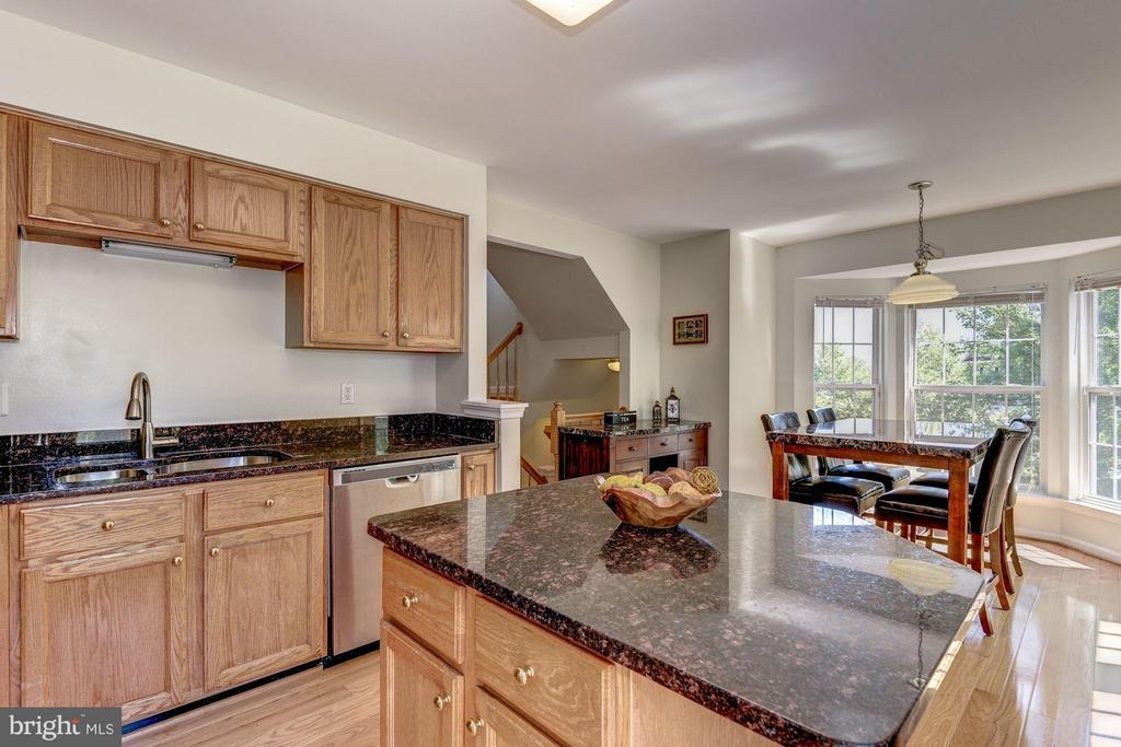 Kitchen - 44885 GROVE TER, ASHBURN