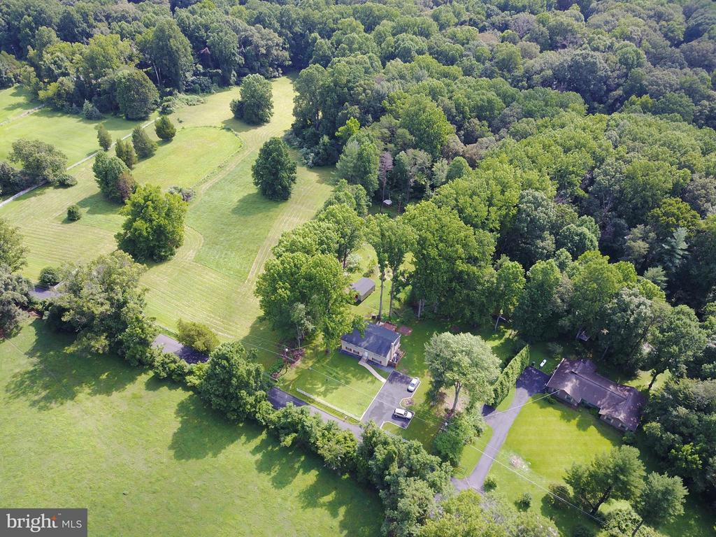 Aerial overview - 6401 NEWMAN RD, CLIFTON