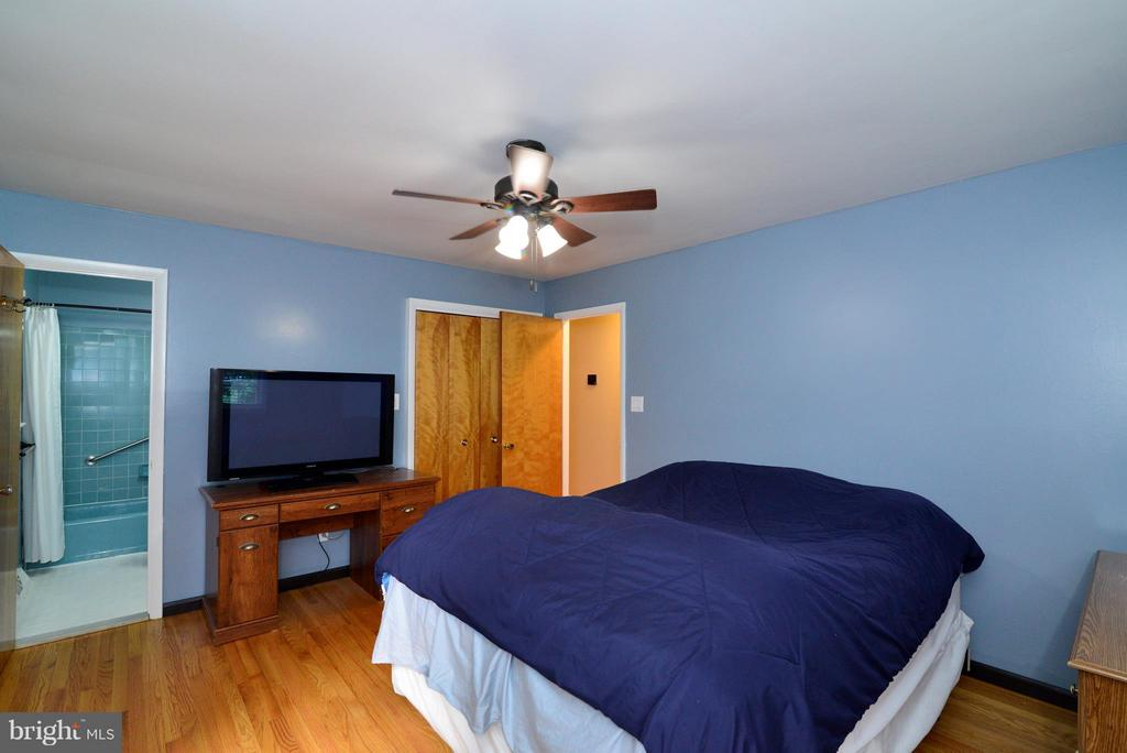 Bedroom (Master) - 6401 NEWMAN RD, CLIFTON