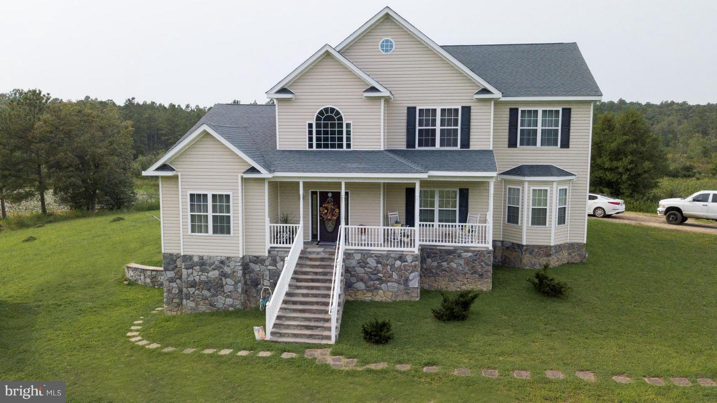 Single Family for Sale at 26023 Sparta Rd Milford, Virginia 22514 United States