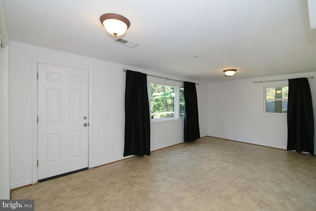 Fifth Bedroom  with access to Backyard - 3812 SLEEPY HOLLOW RD, FALLS CHURCH