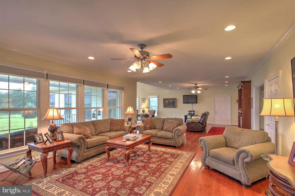 Family Room - 2921 DUCKER DR, LOCUST GROVE