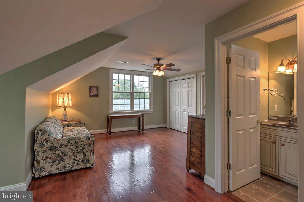 3rd floor Guest Suite - 2921 DUCKER DR, LOCUST GROVE