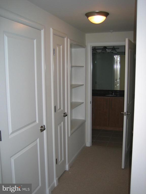 Interior (General) - 1021 GARFIELD ST #635, ARLINGTON