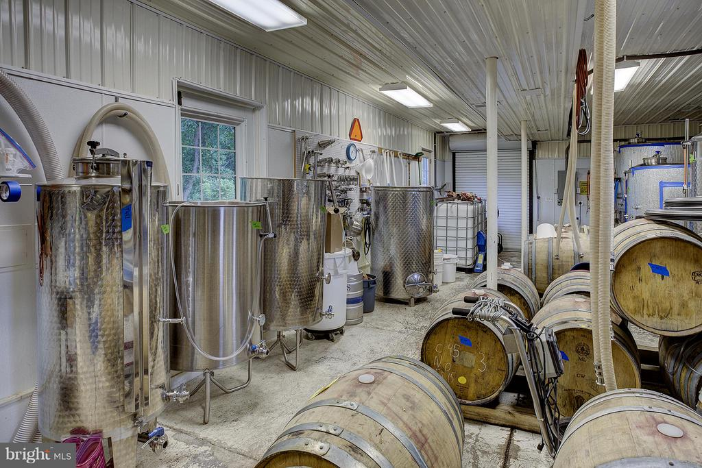 Wine making process room - 18195 DRY MILL RD, LEESBURG