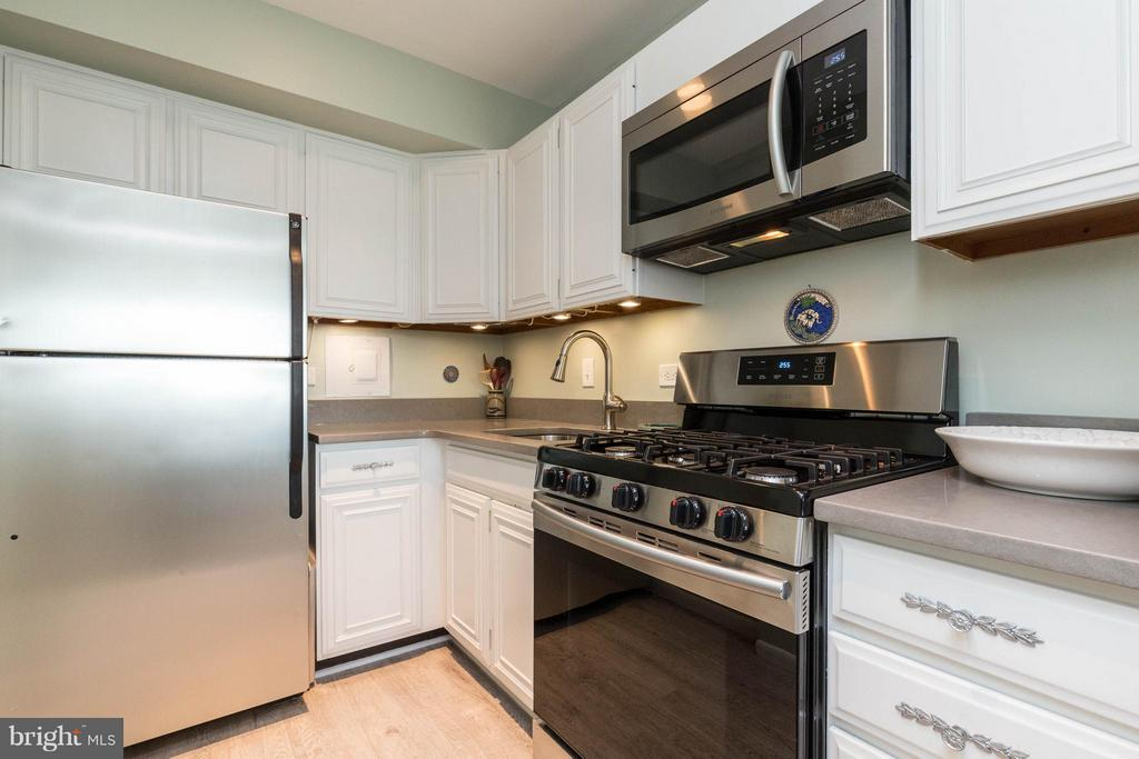Kitchen - 1200 NASH ST N #806, ARLINGTON