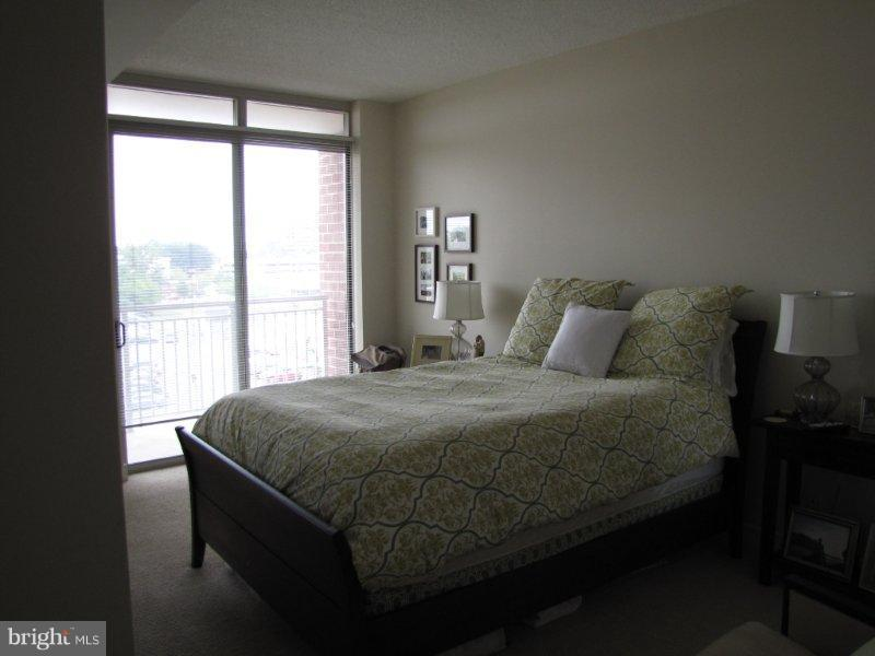 Bedroom (Master) - 820 POLLARD ST #505, ARLINGTON