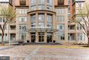 Exterior (Front) - 8220 CRESTWOOD HEIGHTS DR #316, MCLEAN