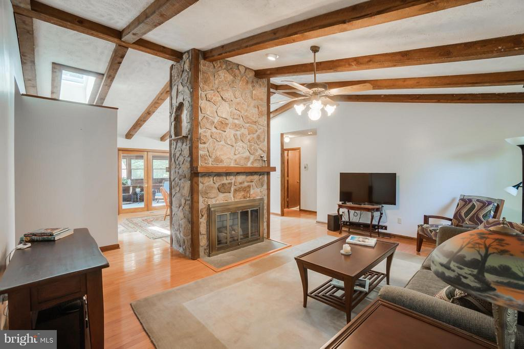 Double sided fireplace and wood beams - 2310 LAKEVIEW PKWY, LOCUST GROVE