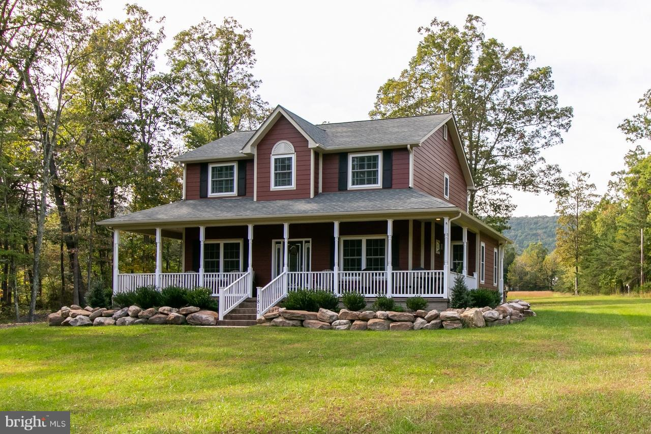 Single Family for Sale at 1810 Camp Roosevelt Rd Fort Valley, Virginia 22652 United States