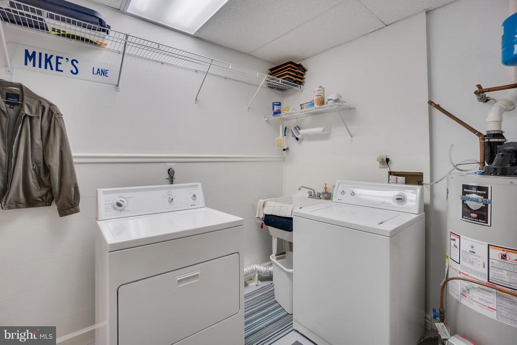 Large Laundry Room - 2310 LAKEVIEW PKWY, LOCUST GROVE