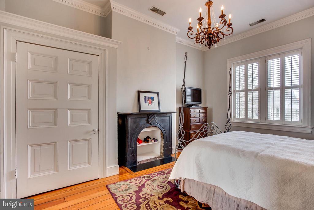 Bedroom (#2) - 406 HANOVER ST, FREDERICKSBURG