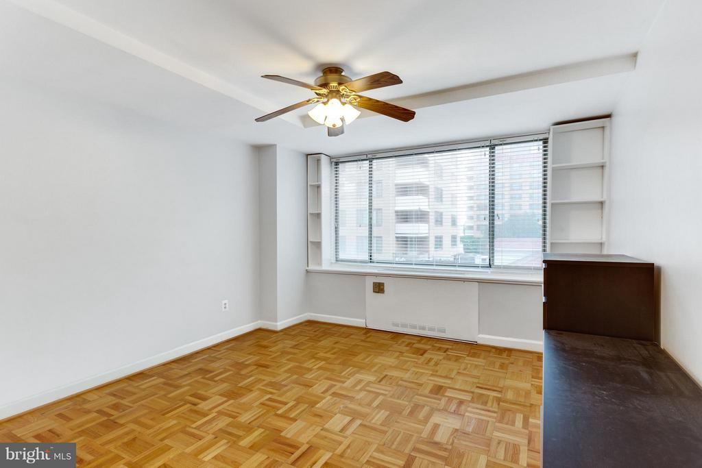 Bedroom (Master) - 1111 ARLINGTON BLVD #331, ARLINGTON