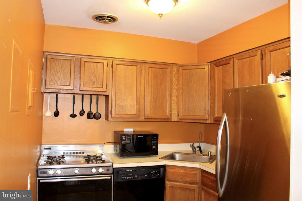 Kitchen - 1508 GEORGE MASON DR #13, ARLINGTON