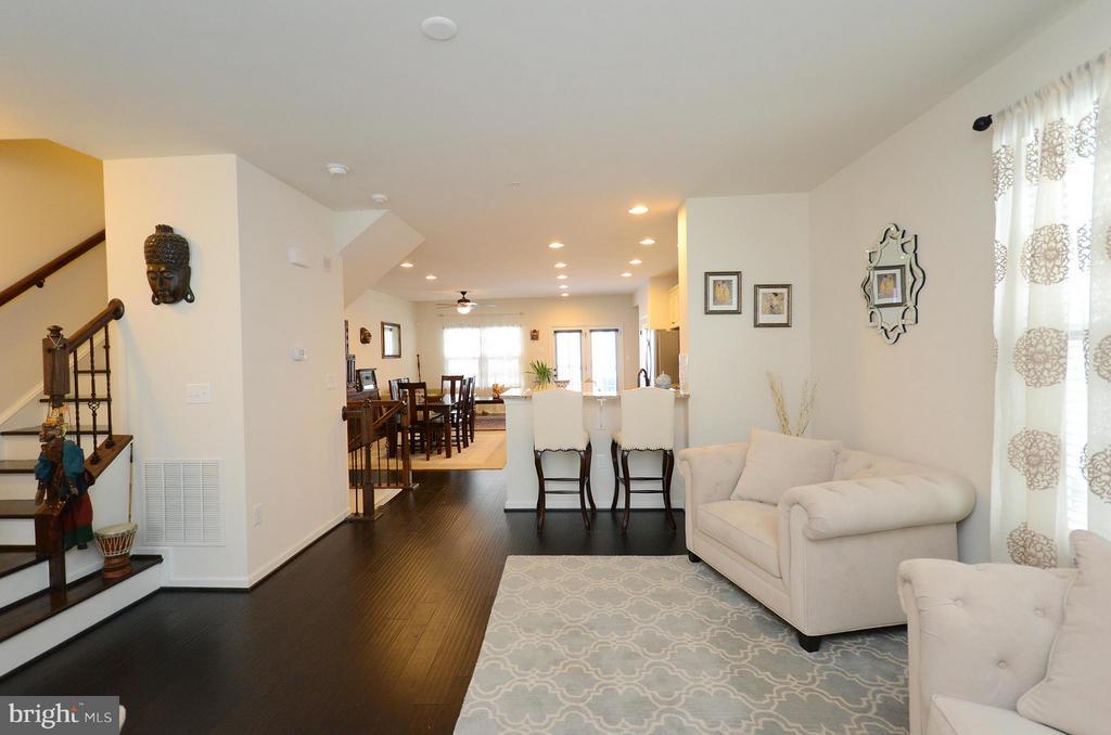 Living Room - 24902 HELMS TER, ALDIE