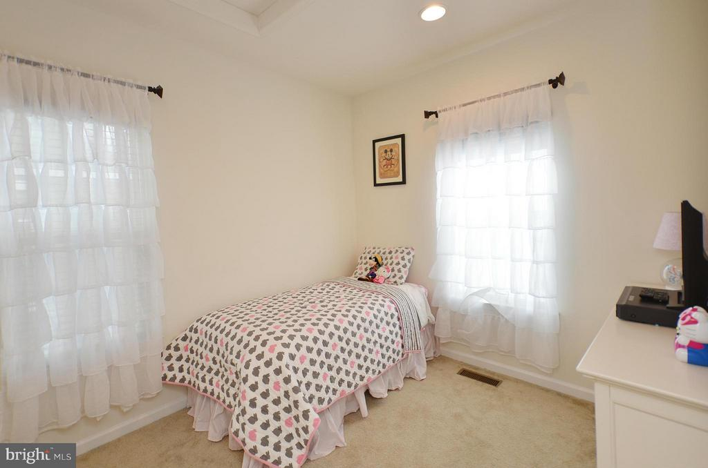 Bedroom - 24902 HELMS TER, ALDIE