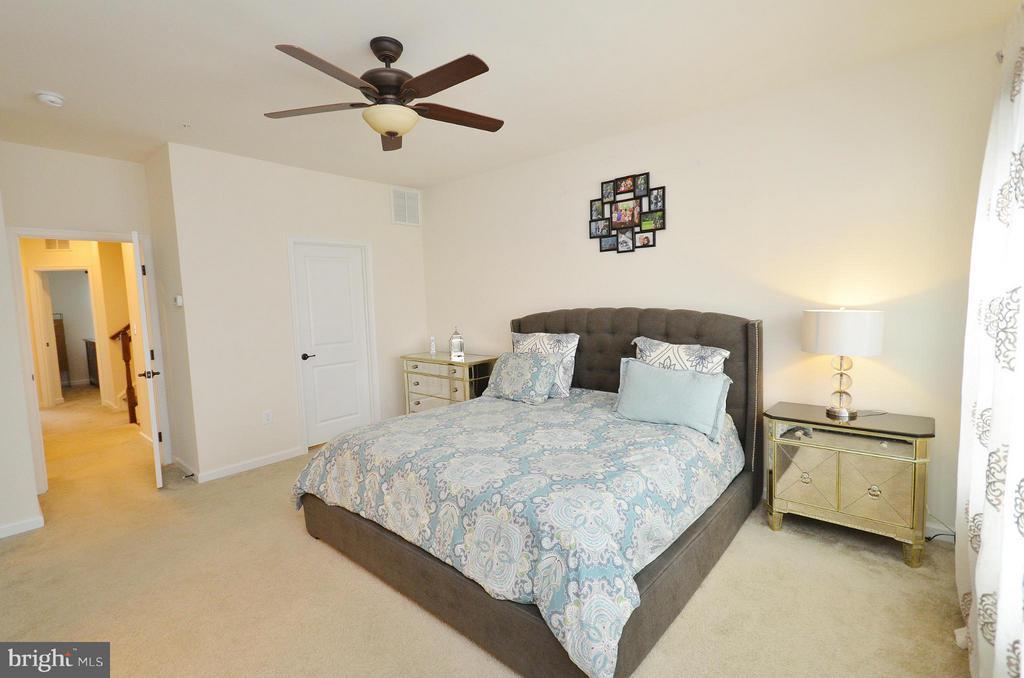 Bedroom (Master) - 24902 HELMS TER, ALDIE
