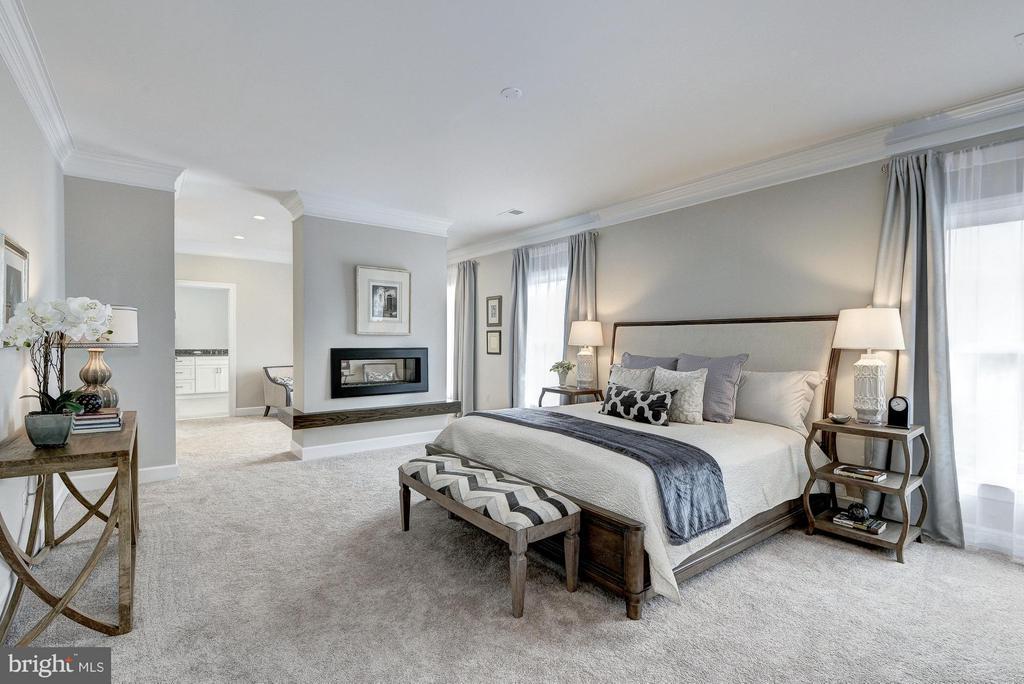 Master bedroom - 2550 VALE RIDGE CT, OAKTON