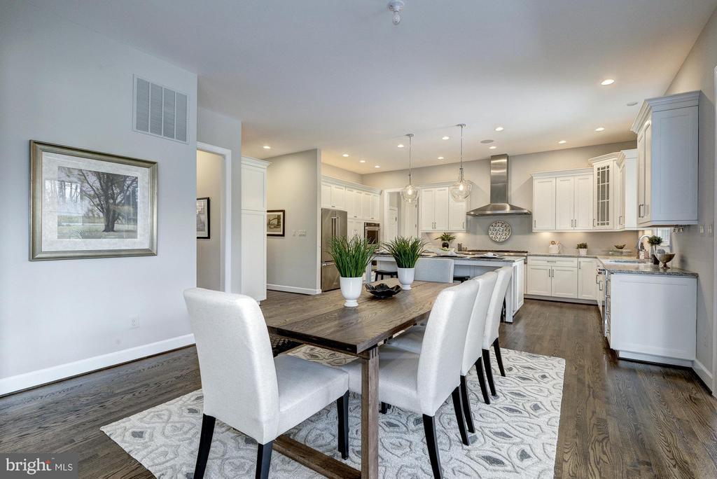Morning Room to Kitchen - 2550 VALE RIDGE CT, OAKTON