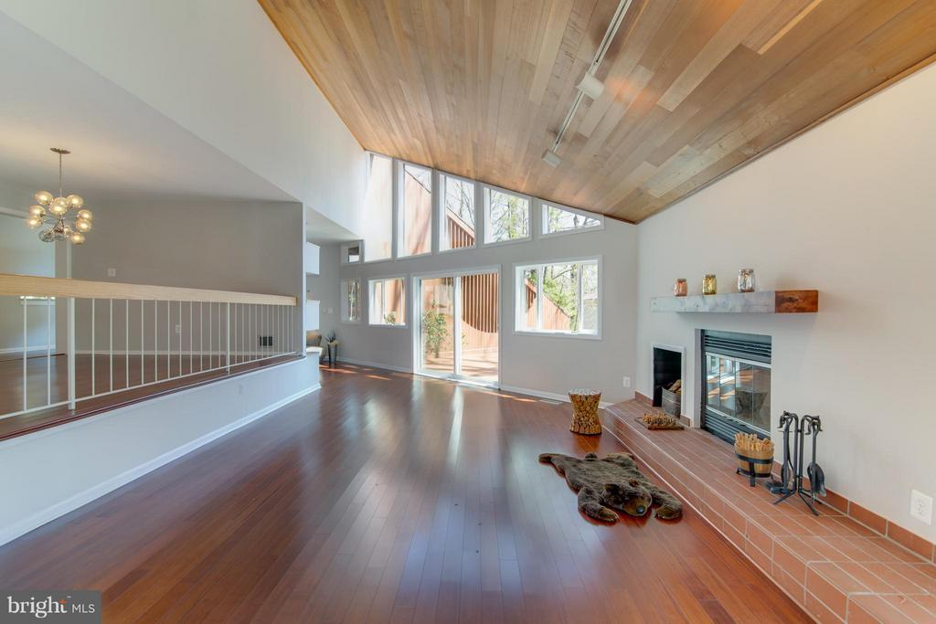 SO much light.  Bamboo hardwood throughout - 2003 CUTWATER CT, RESTON