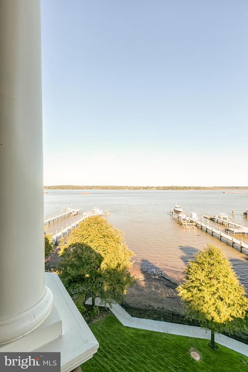 Approx. 147 feet of Potomac River waterfront - 7615 SOUTHDOWN RD, ALEXANDRIA