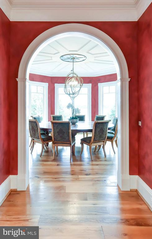 Dining Room with river views - 7615 SOUTHDOWN RD, ALEXANDRIA